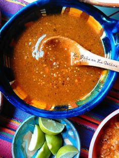 Toasted Chile de Arbol-Tomatillo Salsa So many salsa variations, so little days! Or you run out of chips! I start cooking and I don't even know what I may have on hand for salsa ingredients, but I know I Hot Salsa Recipes, Mexican Salsa Recipes, Mexican Dishes, Mexican Desserts, Best Mexican Salsa Recipe Ever, Chili Salsa Recipe, Secret Salsa Recipe, Salsa Recipe For Tacos, Mexican Hot Sauce Recipe