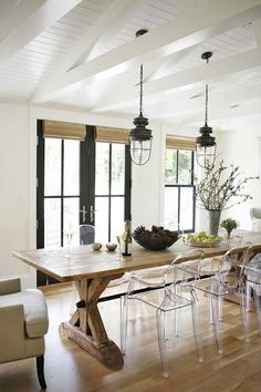 Exciting Modern Farmhouse Dining Room Decorating Ideas