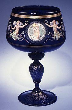 Antique Murano glass gilt goblet, Venice, Italy 1868 (in the Metropolitan Museum of Art, New York, USA)