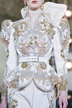 Elie Saab Spring Summer 2020 Haute Couture fashion show at Paris Couture Week (January Runway Fashion, Fashion Models, Fashion Show, Fashion Outfits, Latest Fashion, Fashion Beauty, Couture Details, Fashion Details, Fashion Design