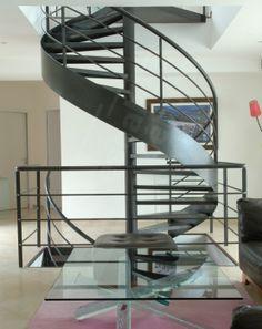 BH1 - SPIR\'DÉCO® Béton en Ductal®. Arrivée escalier hélicoïdal d ...