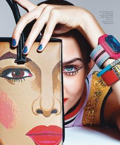 ART INSPIRED - Josephine Skriver para Bazaar USA por Richard Burbridge