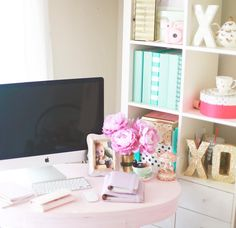 """✨☁️✨⭐️ Sharing some #workspace & #deskspace #details today as I try and organize my self I hope your day has been lovely ⭐️✨⭐️☁️✨#XO✨⭐️✨ Lexie ✨⭐️✨…"""