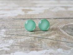 Mint green earrings Mint earrings minimalist Mint stud   Etsy Cute Stud Earrings, Mint Earrings, Simple Earrings, Mint Jewelry, Gift Sets For Her, Minimalist Earrings, Gifts For Friends, Mint Green, Earring Set