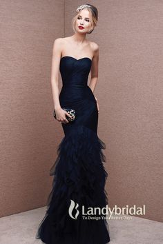 Unique Sweetheart Dropped Floor Length Tulle Dark Navy Sleeveless Mother of The Bride Dress with Ruched LOZF15077