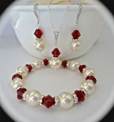 Pearl set // Necklace bracelet and earring by QueenMeJewelryLLC