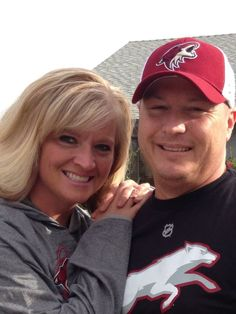 Looks like this couple has made some good decisions. Go Coyotes!