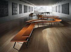 Banco modular de cuero AUTOBAHN by Derlot Editions diseño Alexander Lotersztain