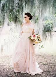 Blush gown- my perfect wedding gown! Colored Wedding Dresses, Bridal Dresses, Wedding Gowns, Wedding Venues, Wedding Ceremony, Blush Gown, Blush Dresses, Mod Wedding, Rustic Wedding