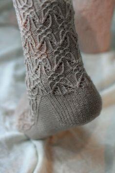 Gothic Spire socks - http://www.ravelry.com/patterns/library/gothic-spire-sock
