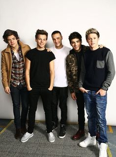 Read story Saved Your Life (One Direction Fan Fiction) by (Clarissa) with 315 reads. Hey I am Clarissa. One Direction Wallpaper, One Direction Pictures, I Love One Direction, 0ne Direction, Harry Styles, Zayn Malik, Niall Horan, Liam Payne, Fan Fiction