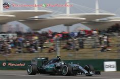Mercedes ya se plantea usar diferentes estrategias con sus pilotos