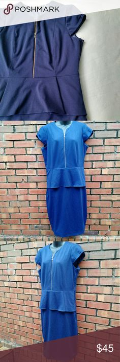 """Tahari Navy Blue Peplum Cap Sleeve Dress Gorgeous navy blue Tahari dress. Has a fun peplum accent at the waist. Ployblend, no flaws, & minimal overall wear. Measurement at the cut in part of the sleeve is 16"""", pit to pit is 20"""", waist is 17"""", & hips are 20"""".   Offers are always welcome!  E&T Tahari Dresses Midi"""