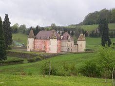 Château de Ménnessaire. Bourgogne. France