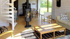 Une petite maison d'architecte en bois