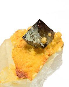 Scheelite on Quartz -- Yaogangxian Mine, Yizhang Co., Hunan Prov., China