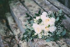 Hääkuvat miljöössä   Hääkuvaaja Tyrnävä — Linnan Juhlakuva Floral Wreath, Wreaths, Plants, Decor, Floral Crown, Decoration, Door Wreaths, Deco Mesh Wreaths, Plant