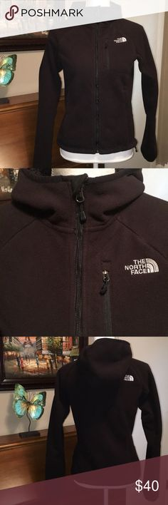 North Face jacket Very warm and very nice. Armpit to armpit is 17 inches. Length from top of shoulder is 21 1/2 inches. North Face Tops Sweatshirts & Hoodies