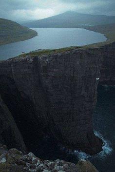Lake, forerskie islands