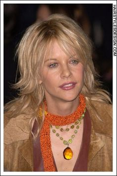 I want to try this hair style Meg Ryan Hairstyles, Shag Hairstyles, Meg Ryan Haircuts, Medium Hair Styles, Short Hair Styles, Medium Length Hair With Layers, Pelo Bob, Layered Hair, Great Hair