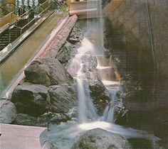 Casino Waterfall - artificial rock - rockscapes   #Rockscapes #fakerock #artificialrock