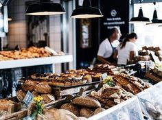 How To Eat Healthy, Even When You're Busy: Simple Nutrition Tips. However, so much dietary knowledge exists out there th Easy Bread, Confectionery, Nutrition Tips, Food Photo, Free Food, Baked Goods, Bakery, Brunch, Food And Drink