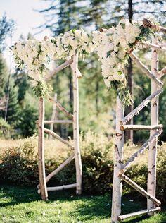 Wedding ceremony idea; Photo: Jeremiah And Rachel Photography