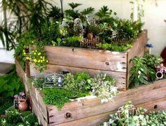 kreative dekoideen Minigärten aus Holzkisten