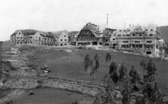 Reconstrucción del Hotel Llao Llao, Foto G. Kaltschmidt, Año 1940 (Col. Familia Lamuniere en Archivo Visual Patagónico)