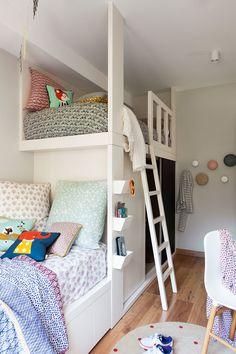 Dormitorio infantil con litera tipo tren
