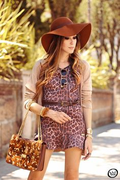 http://fashioncoolture.com.br/2013/10/22/look-du-jour-ive-got-a-crush-on-you-3/