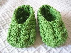 Free Knitting Patterns Baby Booties | Apple Baby Booties by MonPetitViolon | Knitting Pattern by barkat
