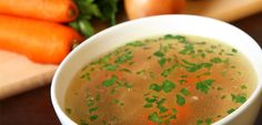Bone broth is detoxifying, low in sugar, high in protein and #paleo friendly! A delicious source of easily digestible nutrients. Click through for my #EatClean Detox #BoneBroth #recipe. #broth #eatcleandiet #eatingclean #cleaneating #toscareno #detox #cleanse