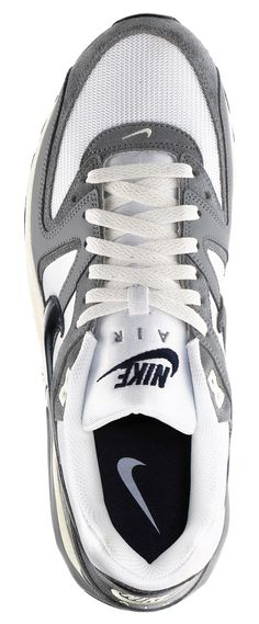 Nike Air Max Command Vintage  Scarpa uomo e donna da running. Tomaia in mesh con inserti in pelle. Inserto Max Air, suola preformata in gomma a struttura Waffle. Exclusive edition.    Prezzo: 130.00 €    Disponibile online e in store.  SHOP for MAN: http://www.athletesworld.it/nike-air-max-command-vintage-nike-8019437  SHOP for WOMAN: http://www.athletesworld.it/nike-w-air-max-command-vintage-nike-5019063http://www.athletesworld.it/nike-air-max-command-vintage-nike-8019437
