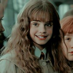 Estilo Harry Potter, La Saga Harry Potter, Harry Potter Girl, Mundo Harry Potter, Harry Potter Icons, Harry Potter Tumblr, Harry Potter Hermione, Harry Potter Pictures, Harry Potter Aesthetic