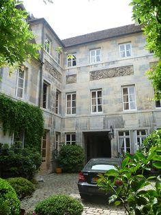 Hôtel de Lavernette - cour intérieure