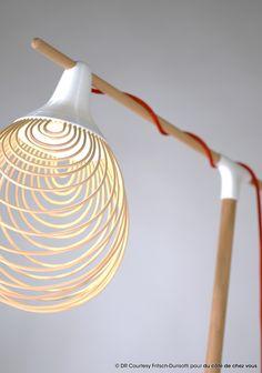 """Du côté de chez vous présente les """"Drôles d'Oiseaux"""". Un projet de @fritschdesign que nous avons édité dans l'idée que chacun fasse son nid ! #dccv #ducotedechezvous #drolesdoiseaux #3D #DIY #design #deco #home #maison Design Light, Lamp Design, Diy Design, Table Lamp Wood, Wood Lamps, Wireframe Design, Creative Lamps, Sign Lighting, 3d Laser"""