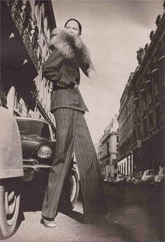 Model, Editha walking across a Paris street wearing a pinstripe pant suit by Yves Saint Laurent with a fox stole collar. Get premium, high resolution news photos at Getty Images Vintage Ysl, Vintage Ladies, St Laurent, 1960s Fashion, Vintage Fashion, Women's Fashion, School Fashion, Fashion Women, History