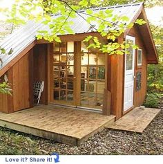I like this small house design. Would like to use it for a guest house in our woods.