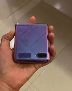 Anteprima Samsung Galaxy Z Flip Video ! Ultra Wallpaper, Wallpaper Hd Samsung, Wallpaper Original, Tv Samsung, Samsung Mobile, Samsung Galaxy Phones, Android Phone Hacks, Tablet Android, Smartphone Hacks