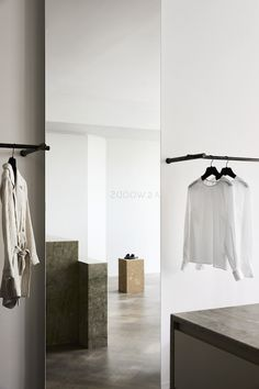 The new Viktoria & Woods Boutique in Mosman, North Sydney, has been designed by Melbourne-based studio Golden . In harmony with the intim. Sustainable Textiles, Wood Store, Accessories Display, Modern Wardrobe, Changing Room, Make Design, Commercial Interiors, Retail Design, Timeless Design