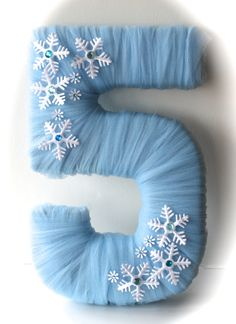 Tulle Wrapped Number or Letter - Frozen Inspired Table Decoration