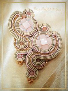 #soutache #piccolidettaglicreazioni #earrings #handmade #botton #pink #gold