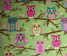 Cute Owls on Green