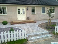 Walkway Ideas, House Entrance, Villa, Outdoors, Gardening, Patio, Landscape, Outdoor Decor, Home Decor