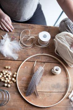 Traumfänger mit Fransen aus Wollgarn selber machen