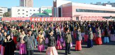 평양가방공장 종업원들의 궐기모임 진행