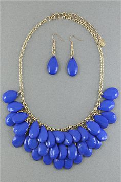 Calypso Blue Beaded Necklace Set ~  Measurements: Earrings: 1.5 inches Necklace: 17-20 inches Materials: plastic beads, metal Price: $11.99