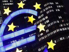 Bolsas da Europa azedam com sinais do corte de estímulos pelo BCE - http://po.st/q69Vej  #Bolsa-de-Valores - #BCE, #Europa, #FED, #QI