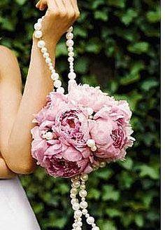 nice idea for a bouquet